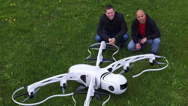 Airnamics Develops Unmanned Aerial System for Close-Range Filming with Model-Based Design